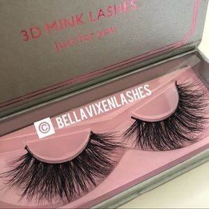 Other - 1 Pair Luxury Mink Lashes